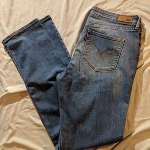 Levis bold curve womens jeans 31x32 (womens 12)